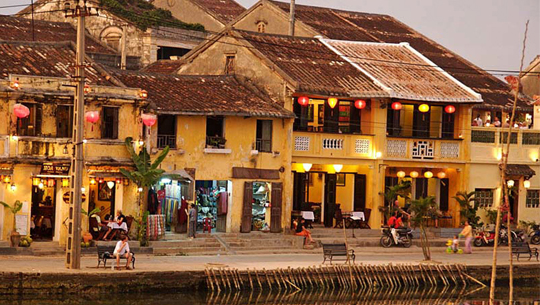 pelabuhan yang ada di vietnam