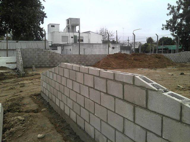 El maestro de obras xavier valderas los bloques - Muro de bloque de hormigon ...