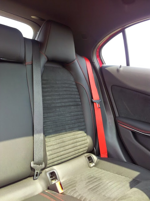 Mercedes A45 AMG - rear seats