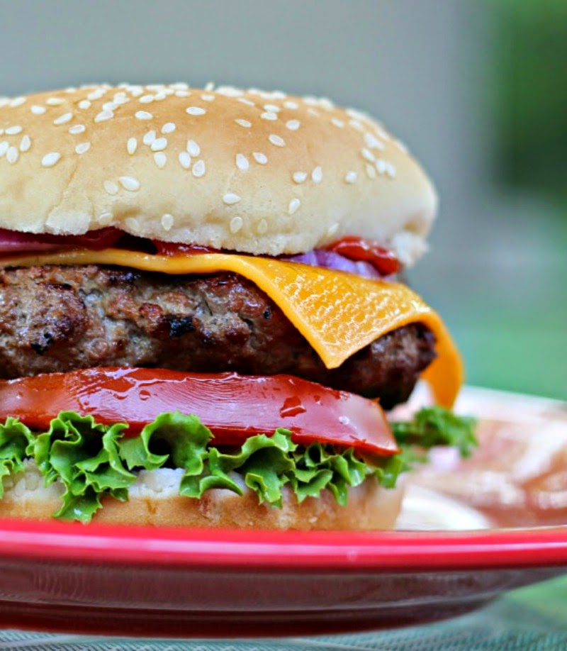 Smokehouse Burgers:  Smokey, slightly spicy flavorful burgers perfect for any cookout!  #burgers #grilling