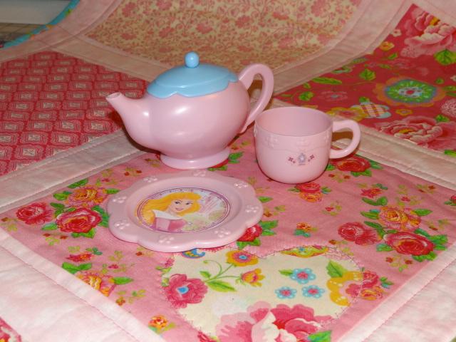 home a la mode a tea party tutorial. Black Bedroom Furniture Sets. Home Design Ideas