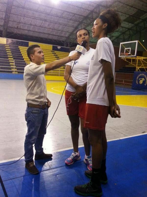 Entrevista con las chicas de la Selección Colombia de Baloncesto