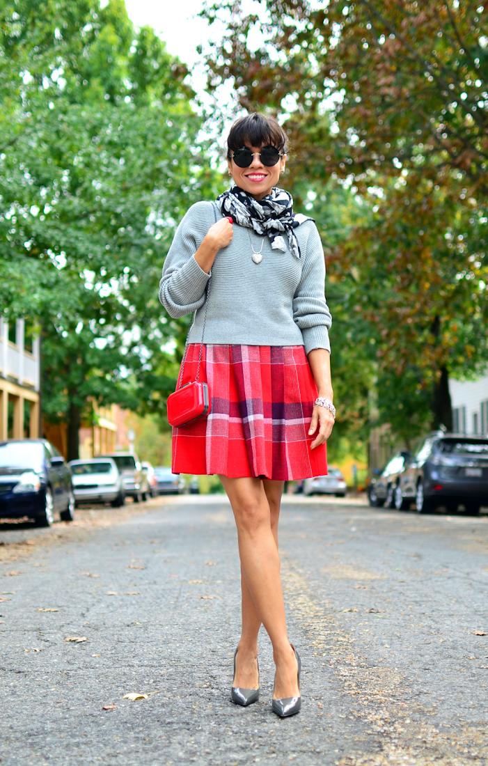 Tartan skirt street style