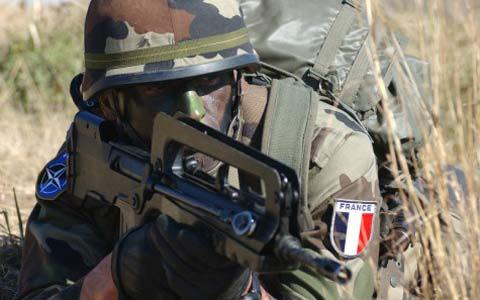 Mayoritas Warga Prancis Menentang Rencana Penyerangan ke Suriah