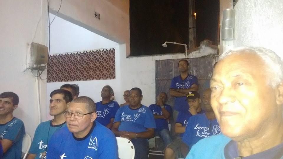 TERÇO NA CASA DO NOSSO IRMÃO RONALDO GUEDES - SEPETIBA - RIO - 20/03/2017