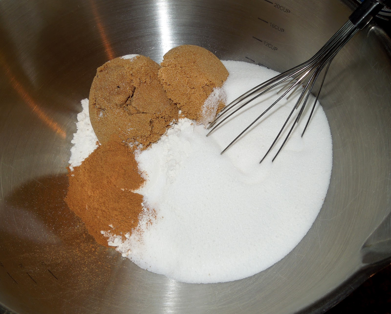 Melissa's Southern Style Kitchen: Chocolate Chip-Pecan Pumpkin Bread