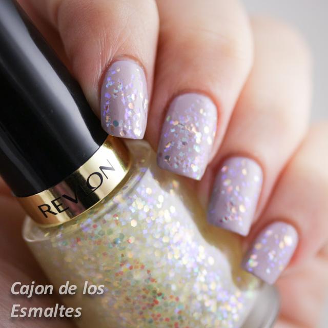 esmalte uñas Revlon Heavenly sobre Provence