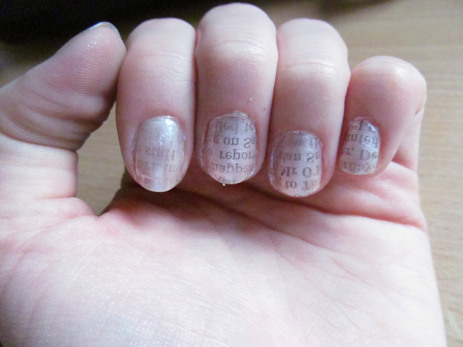 Emka\'s beauty bubble: Newspaper nail design tutorial