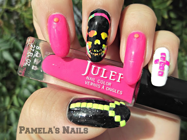 skull neon nails with studs