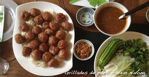 Nem Nuong - Grillades de porc vietnamienne en rouleaux