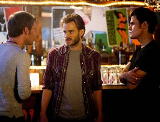 http://www.escontv.blogspot.com/2011/09/vampire-diaries-season-3-not-much-to.html