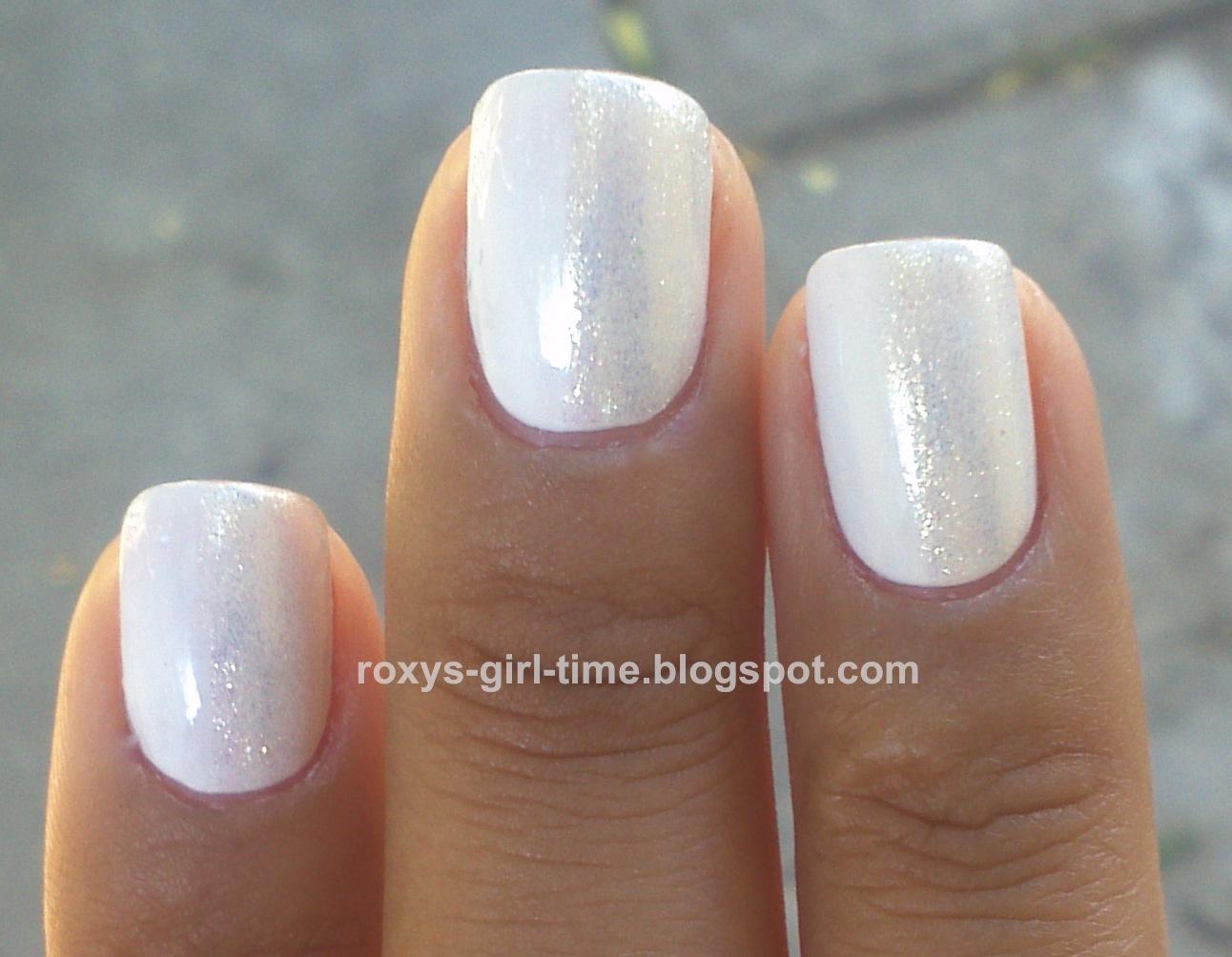 roxy's girl time: notd: china glaze white on white + snow cap