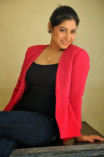 Actress Prabhjeet Kaur Latest Picture Gallery in Jeans at Intelligent Idiots Press Meet  38.JPG