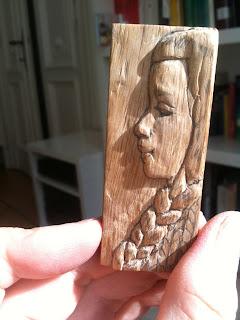 carved loglet uncoloured