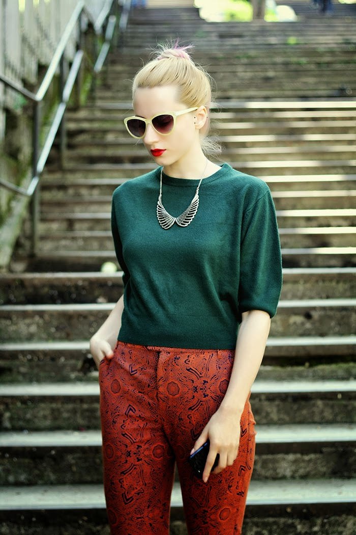 green crop top sweater embroidered nowistyle pants