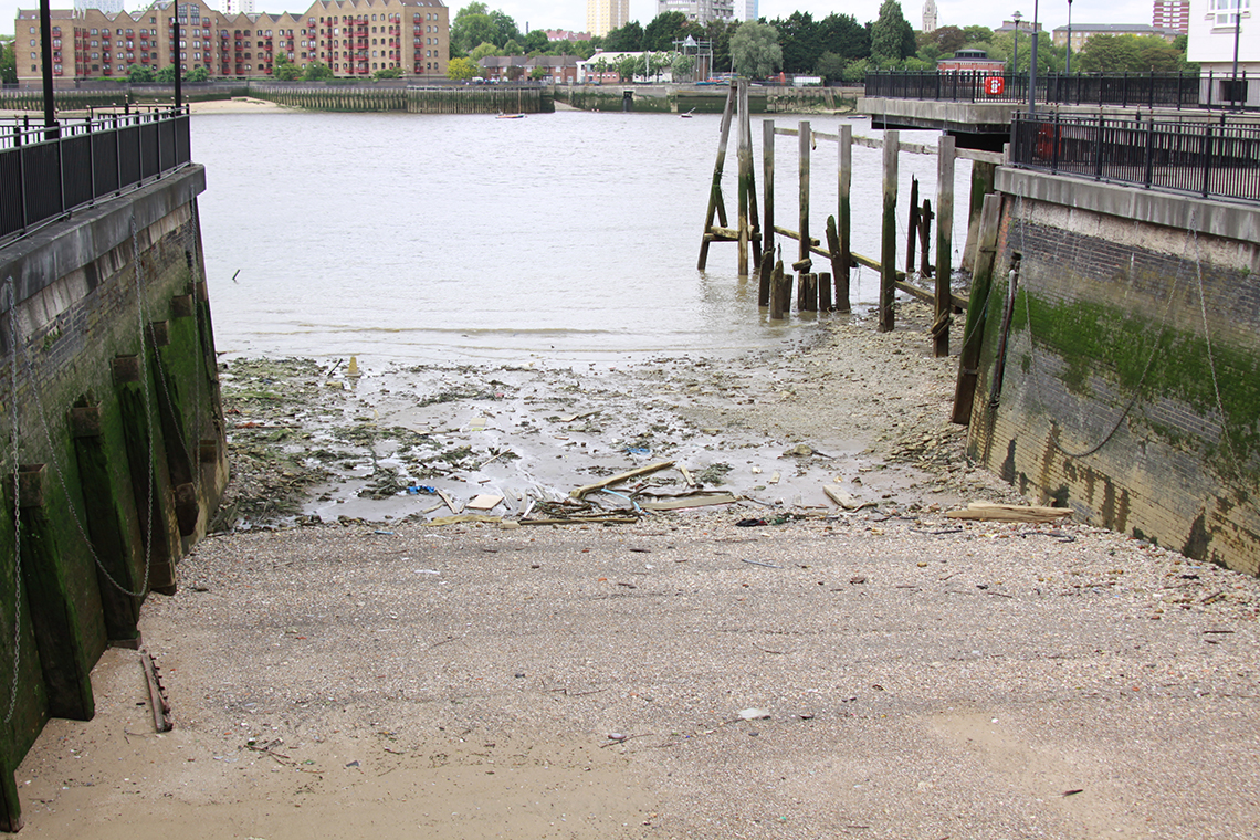 a rotherhithe blog a walk through what remains of the grand surrey canal. Black Bedroom Furniture Sets. Home Design Ideas