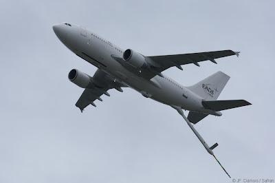 http://3.bp.blogspot.com/-jIqKcj5Las4/TzhJPzal-aI/AAAAAAAAMKA/yXPI2fM4qLU/s400/A330%2BMRTT_EADS.jpg