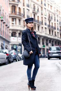 http://3.bp.blogspot.com/-jJ1mF-xSy2Y/UJcSaW4vgrI/AAAAAAAAGeg/U67LpEB7bkc/s1600/Militar-trend-cap-vintage-outfit-street-style-4.jpg