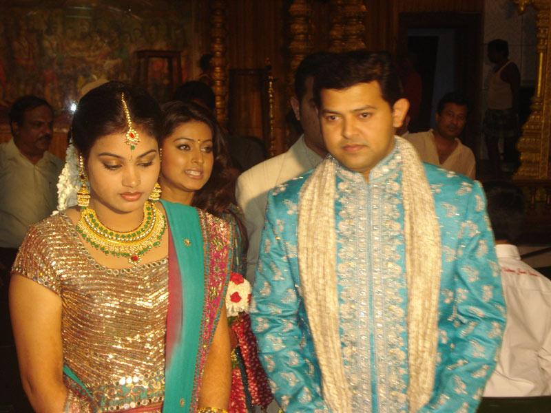 Tamil Actress Simran Wedding Photos