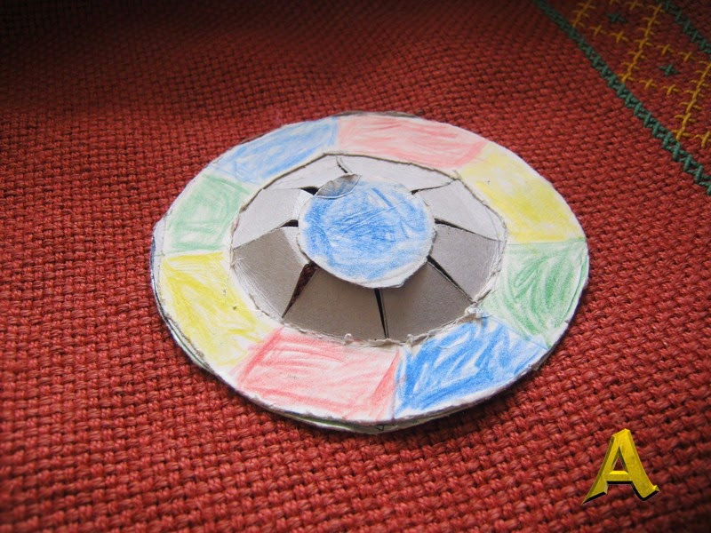 Поделка: летающая тарелка