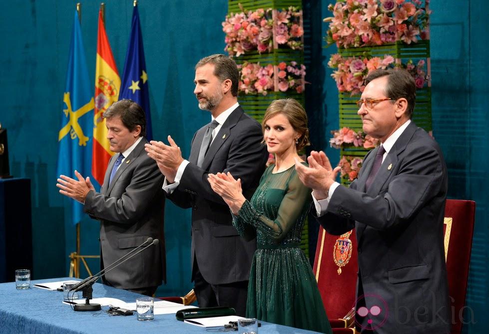 La abdicación del rey y sus consecuencias en el protocolo. Olga Casal