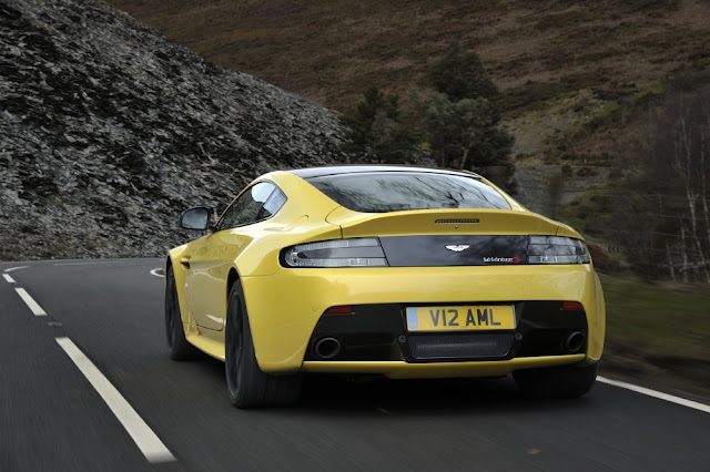 Aston Martin, V12 Vantage S, rear view, back view, wallpaper