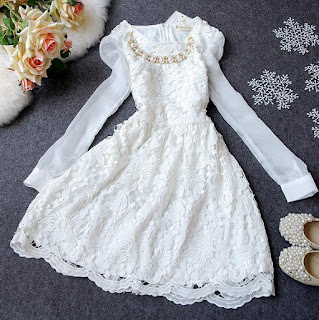 http://www.aliexpress.com/item/2013-autumn-one-piece-dress-water-soluble-lace-long-sleeve-chiffon-big-dresses-dress-princess-dress/1513363565.html