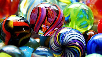 nice-colorful-round-marbles-pictures