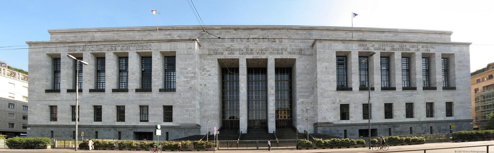 Ripasso facile esempi di architettura fascista in italia for Architetto latina