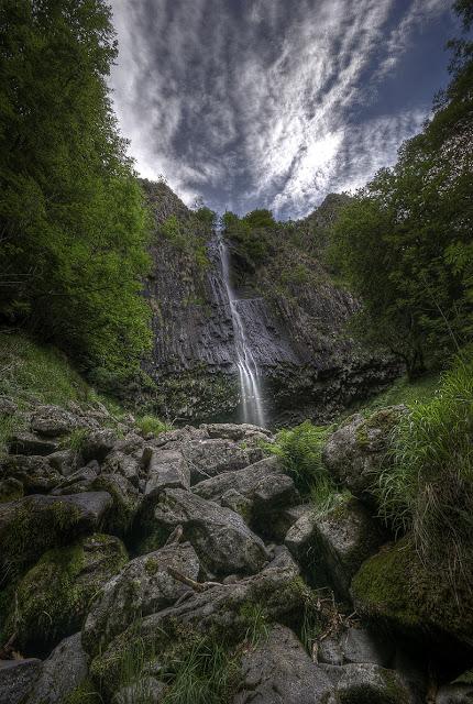 photos cascades, cascades d'auvergne, cascade cantal, ruisseau de lasmolineries, photo fabien monteil