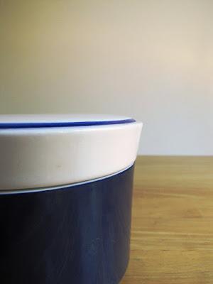 https://www.etsy.com/listing/77751702/vintage-deep-blue-mikasa-sugar-bowl