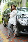 Lakshmi Manchu latest photo shoot gallery-thumbnail-3