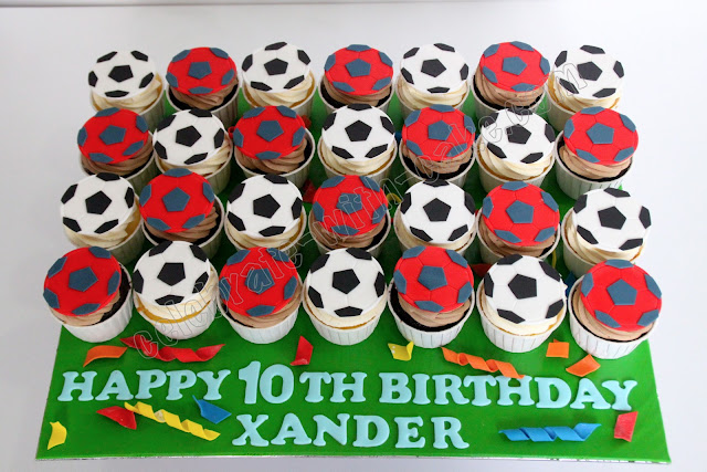 how to make fondant soccer balls for cupcakes