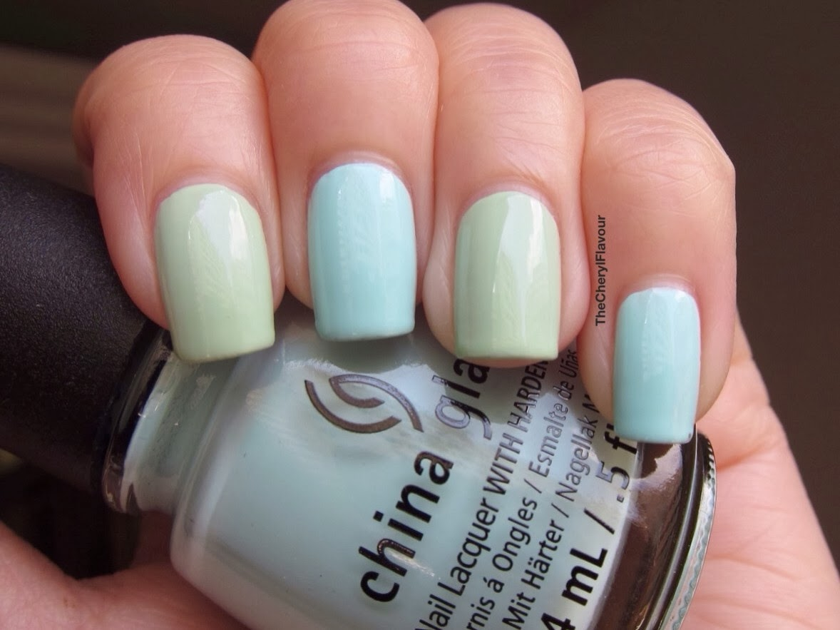 China Glaze At Vase Value vs China Glaze Re-fresh Mint