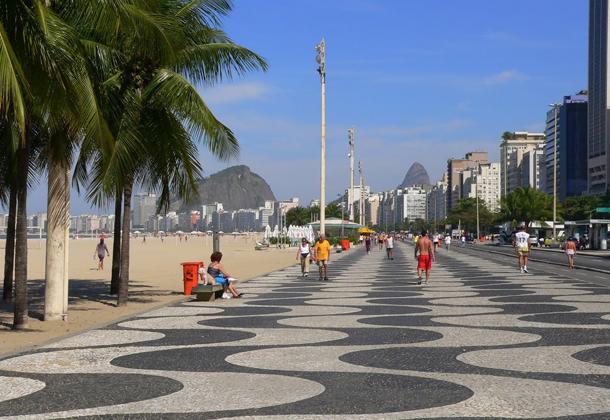 من أروع الشواطئ في العالم على خورة فقط ! copacobana.png