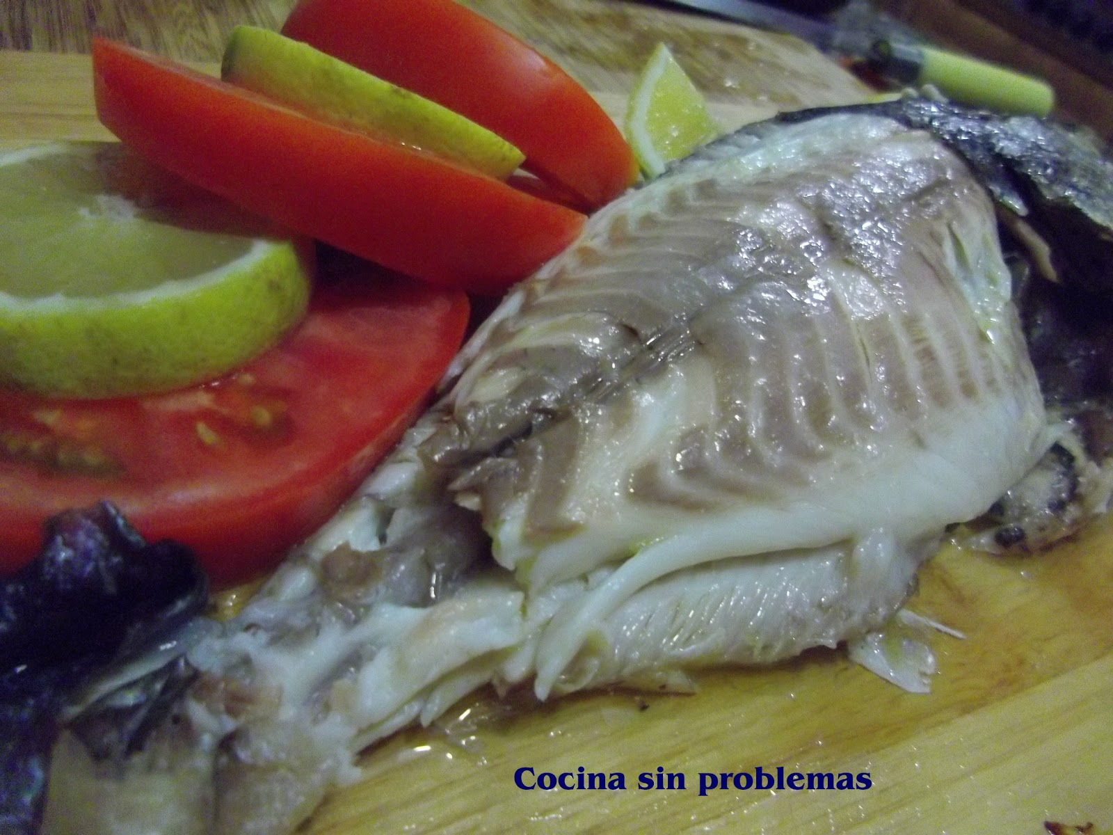 Cocina sin problemas pescado al horno perfecto c mo se - Como cocinar pescado al horno ...