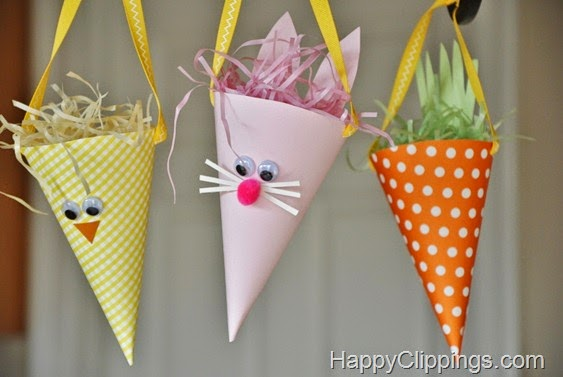 http://www.happyclippings.com/2012/03/diy-paper-easter-bunny-chick-carrot-cones.html