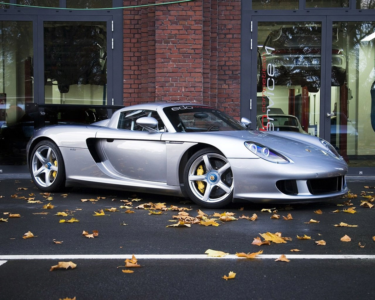 The Top 10 S Fastest Cars In The World Top 10 List 2010