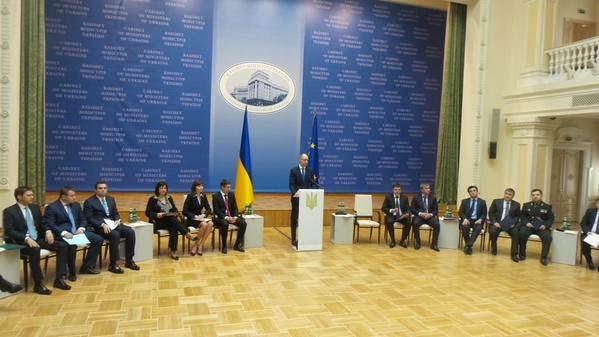 100 giorni del governo di coalizione di Yatsenyuk