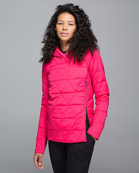lululemon fluffed up pullover boom