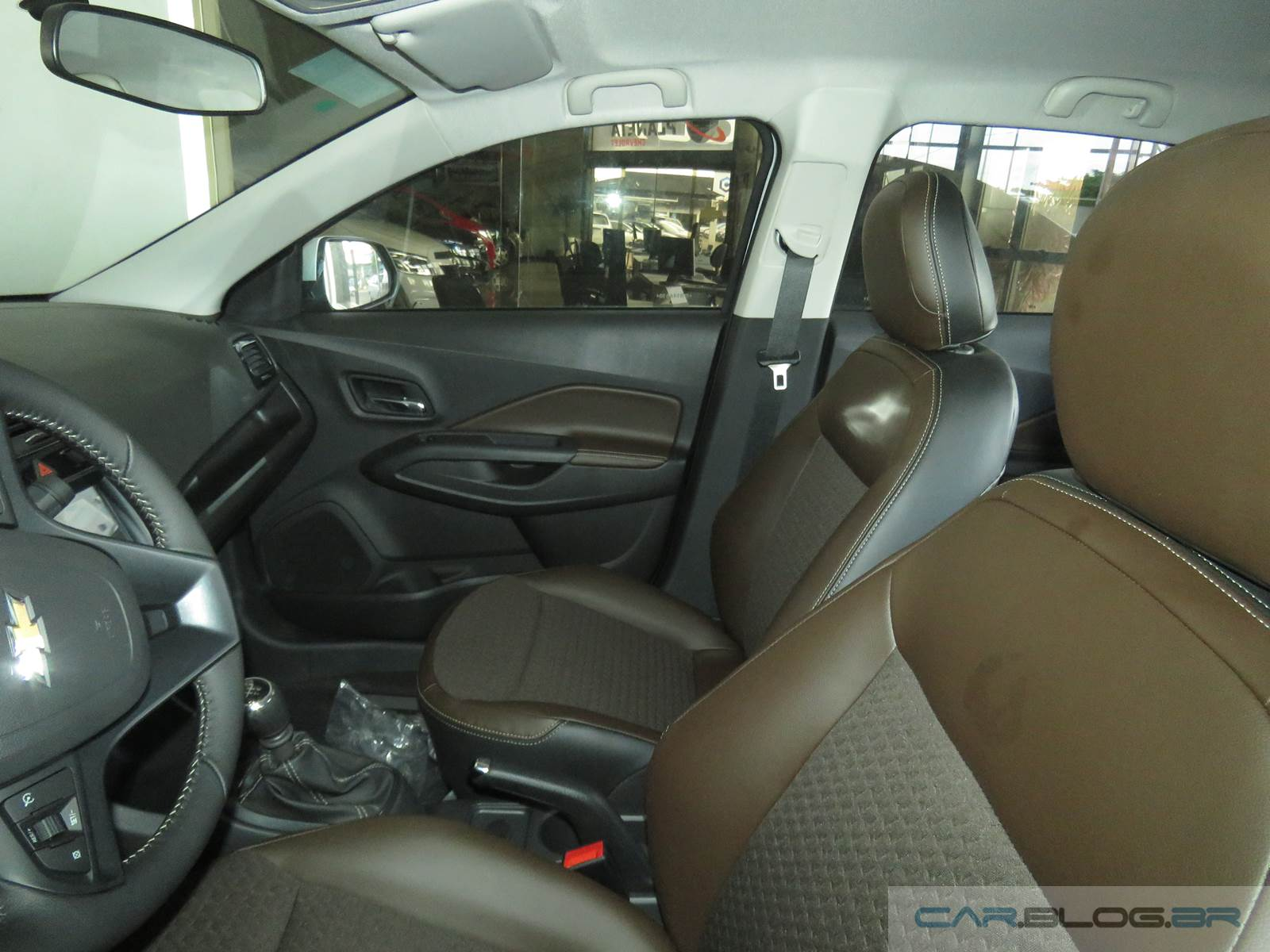 Chevrolet cobalt ltz 2016 interior