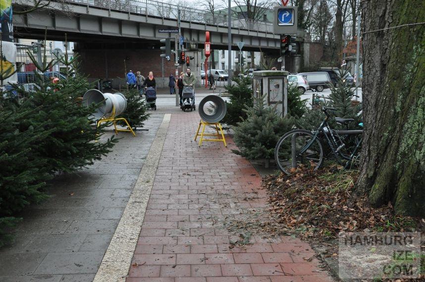 Es weihnachtet sehr in der fahrradstadt hamburg - Weihnachtsbaumverkauf hamburg ...
