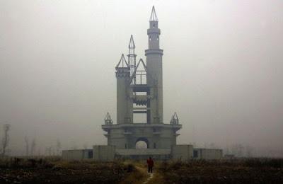 Parque de diversões abandonado nos arredores de Pequim, China