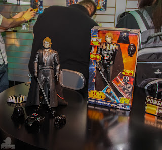 Hasbro Star Wars 2013 Toy Fair Display Pictures - Anakin to Darth Vader figure