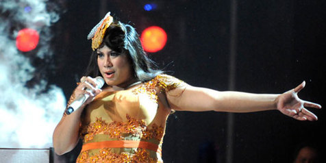 Regina Indonesian Idol 2012