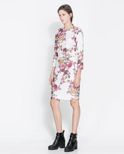 siyah elbise, kısa elbise, uzun elbise, transparan elbise, kırmızı elbise, beyaz elbise, mavi elbise, kışlık elbise, dekolteli elbise, kolsuz elbise, kemerli elbise, şifon elbise, çiçekli elbise , desenli elbise, klasik elbise, bol kesim elbise, gece elbisesi, günlük elbise