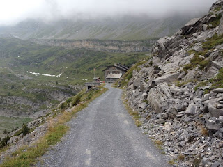 Berghotel Schwarenbach unter der Wolkendecke