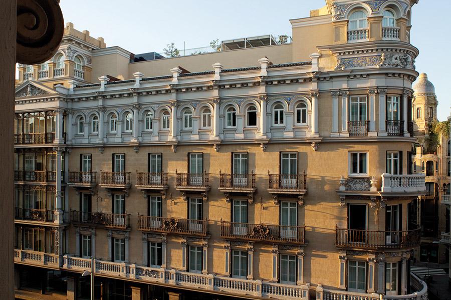 De mi mano by b4living hotel de las letras for Hoteles gran lujo madrid