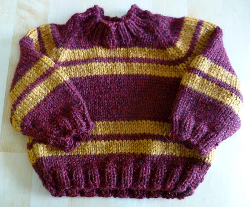 Niki Jin Crafts: Niki Knits: Baby Vests (with free pattern)