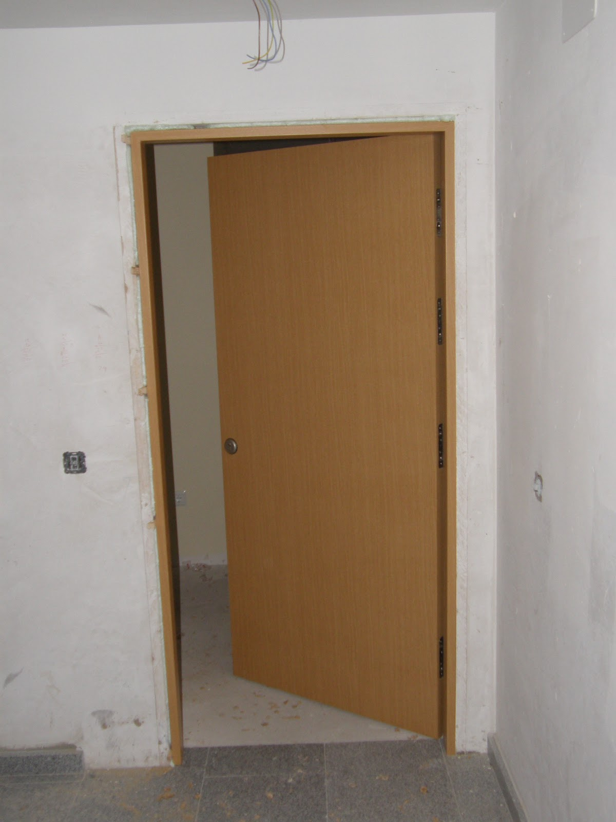 Puertas entrada vivienda for Puerta entrada vivienda
